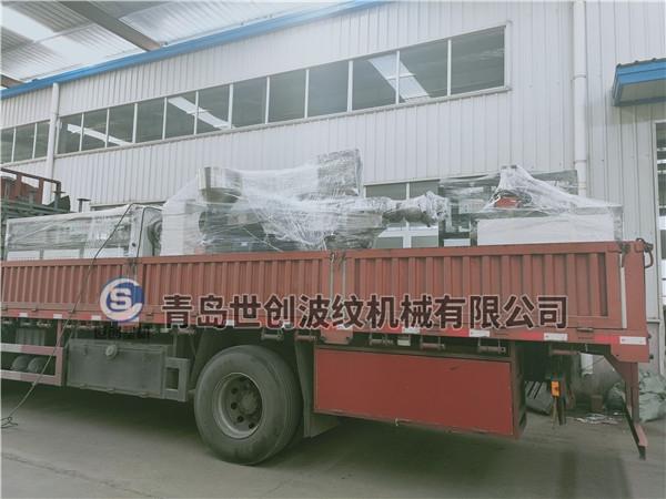 桥梁预应力管设备发往云南