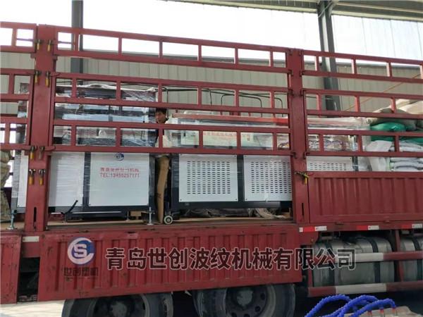 预应力管材设备发往浙江