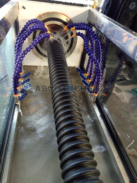 塑料碳素螺旋波纹管设备
